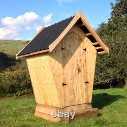 Designer Compost Toilet Waterless Off Grid Eco Friendly Wooden Outdoor Cubicle