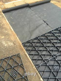 Grids De Feuille Et De Drogue + Poissons De L'eau Plastique Fabrique Pour La Base Eco Paving Em